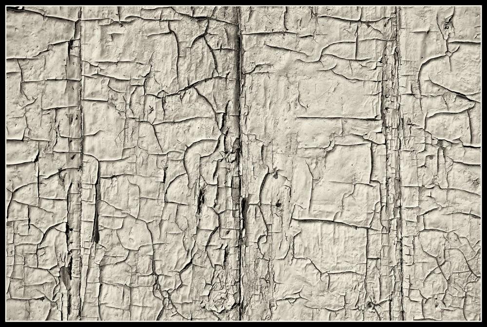 Old_cracked.jpg