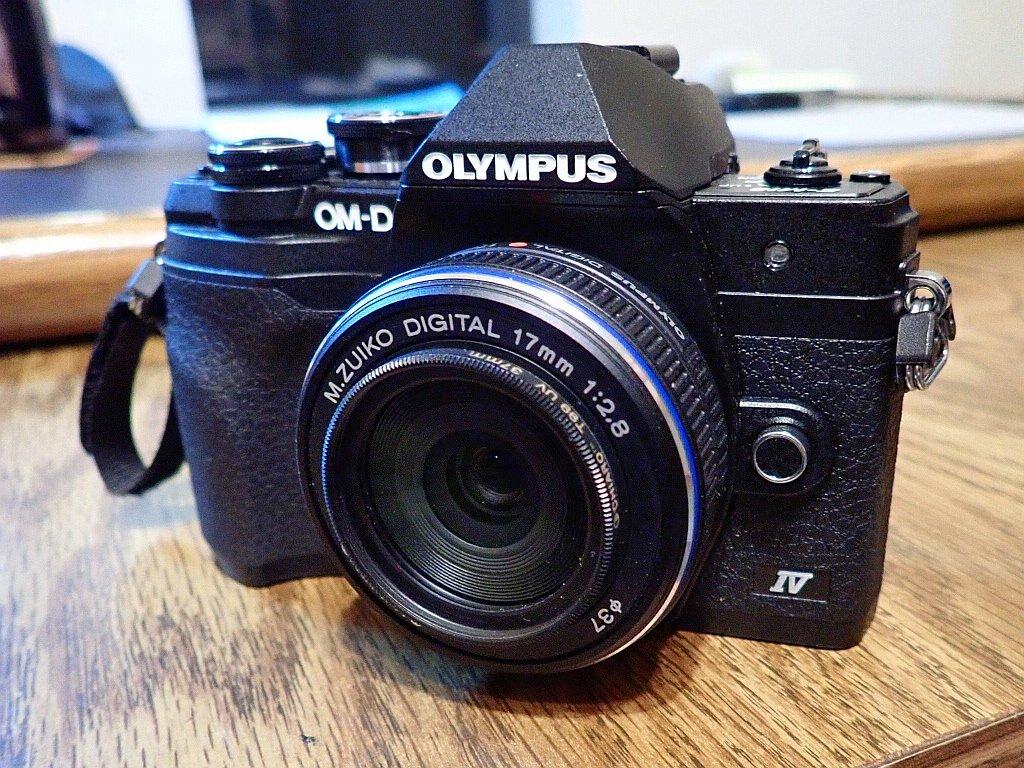 Olympus E-M10 IV.jpg