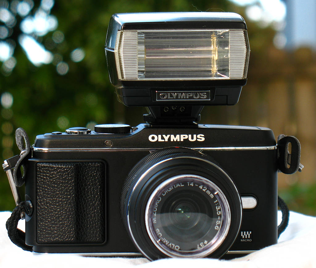 OlympusEP3Flash.jpg