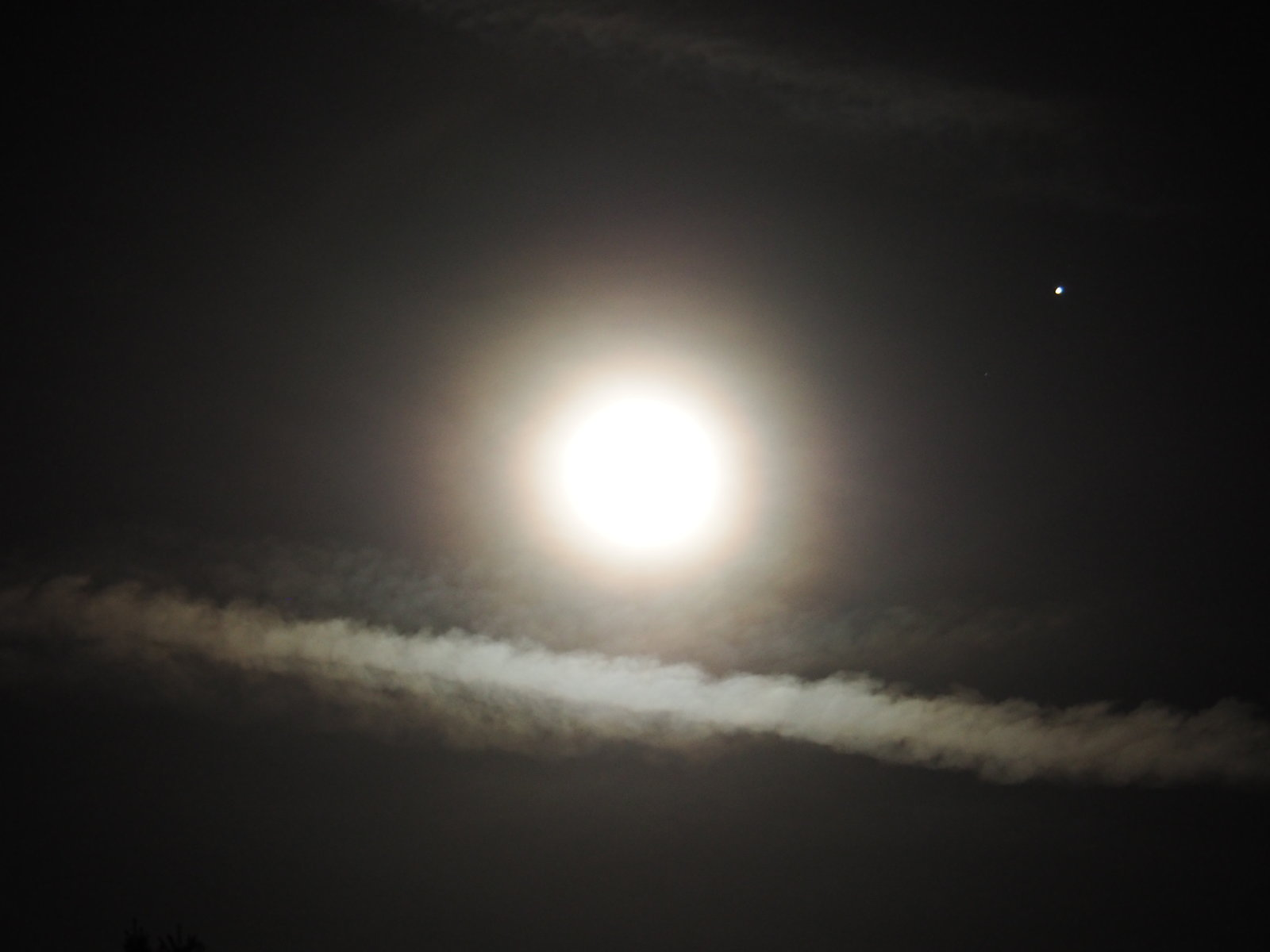 OMD 2 jupiter and moon 010.JPG