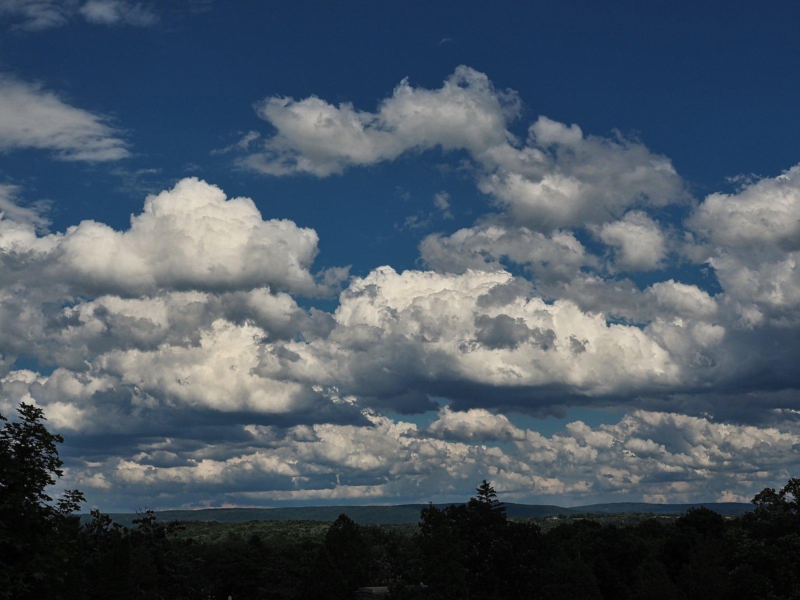 OMD EM5 2 clouds 002 B.jpg