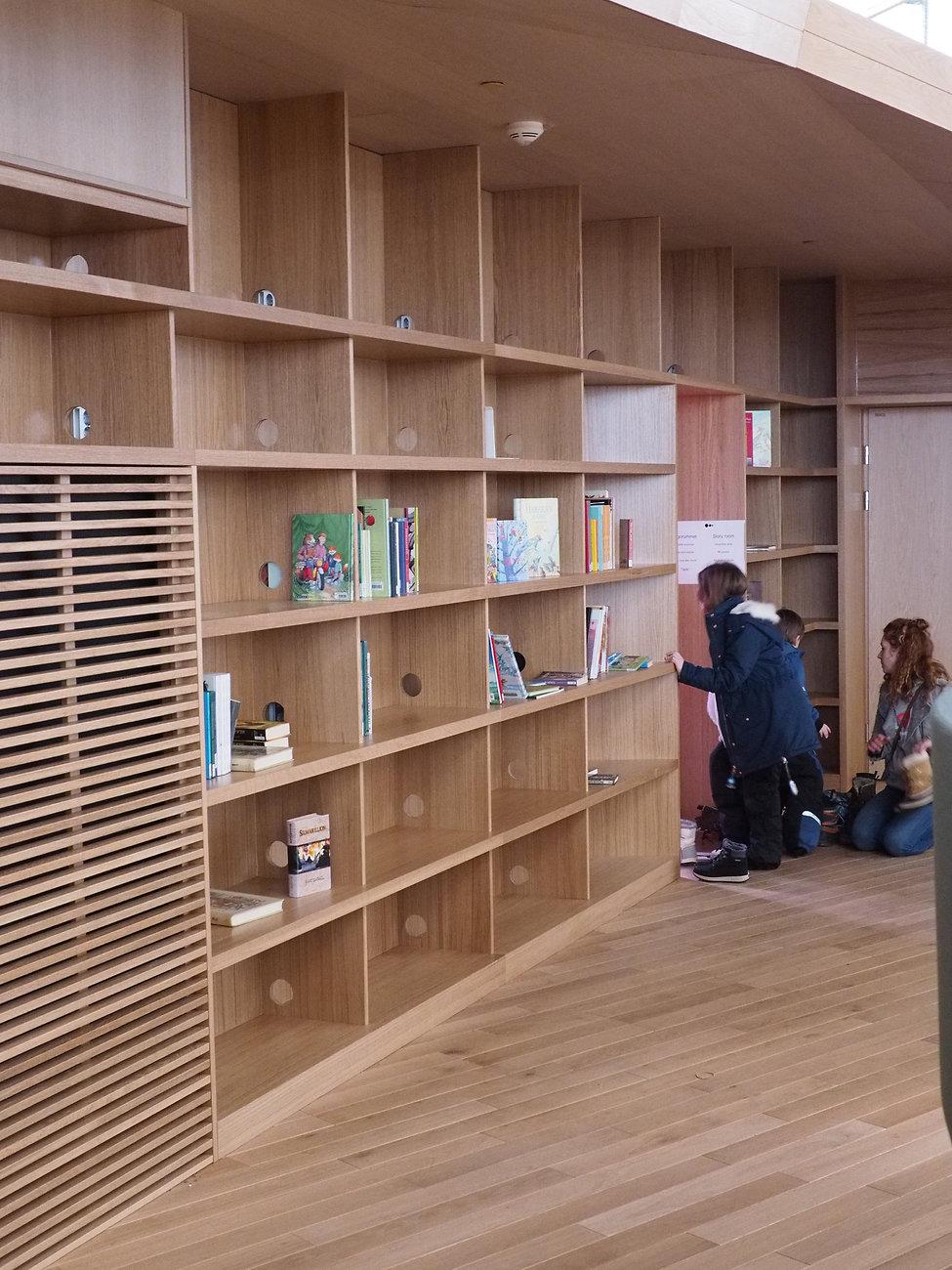 Oodi - City Public Library_P1061242.jpg