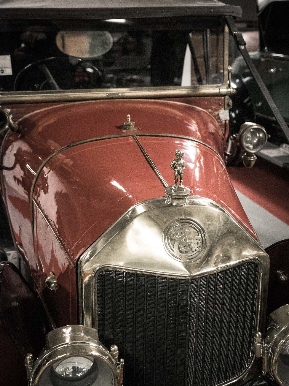 195250