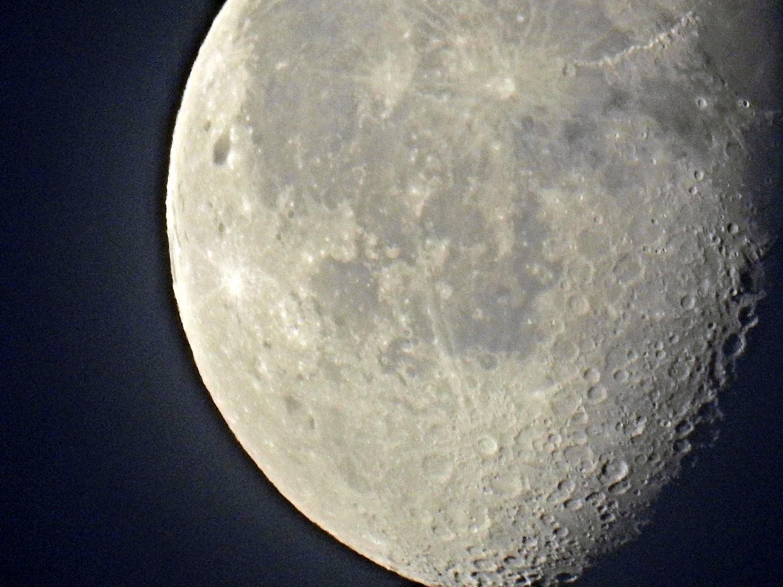 P900 moon and morning skies 010-001.JPG