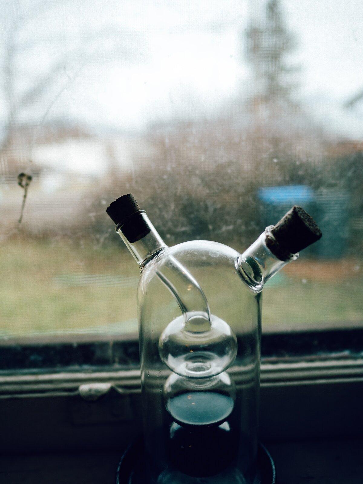 PenF_Jan11_21_oil+vinegar_dispenser.jpg