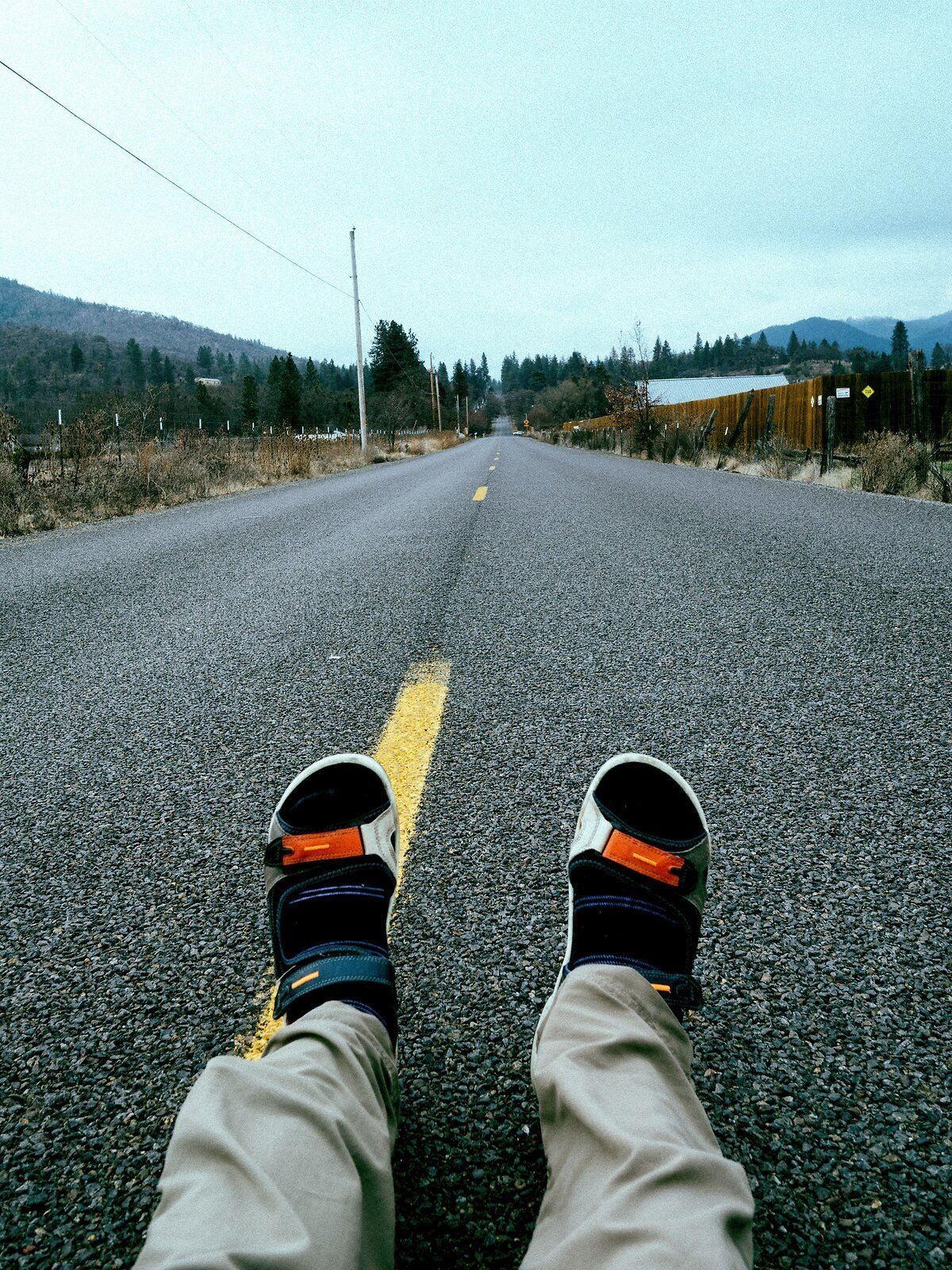 PenF_Jan22_21_feet_on_the_road.jpg