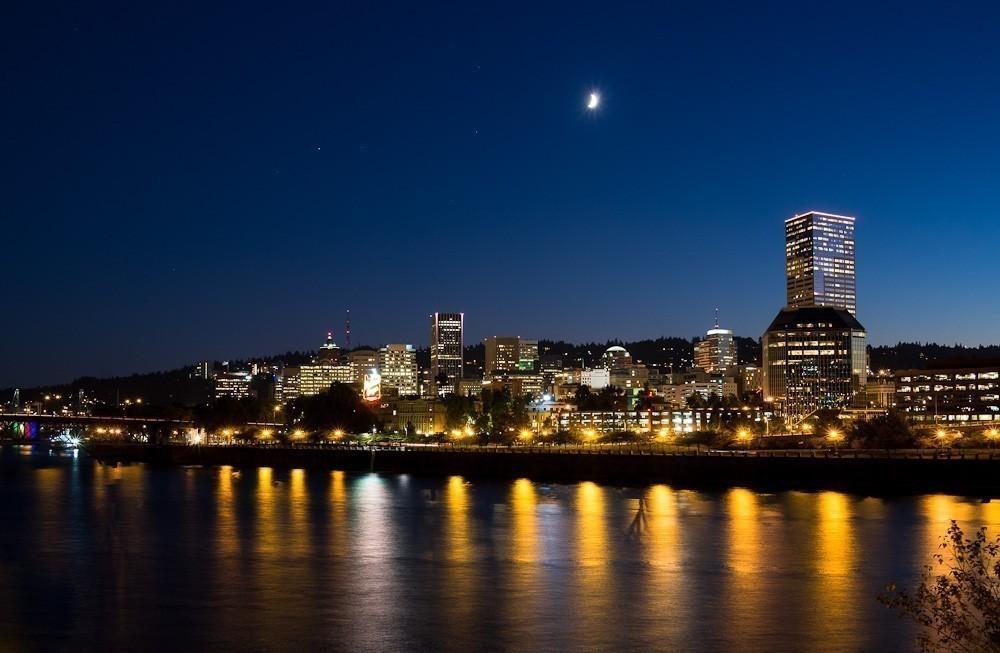 Portland_at_Night-1.jpg