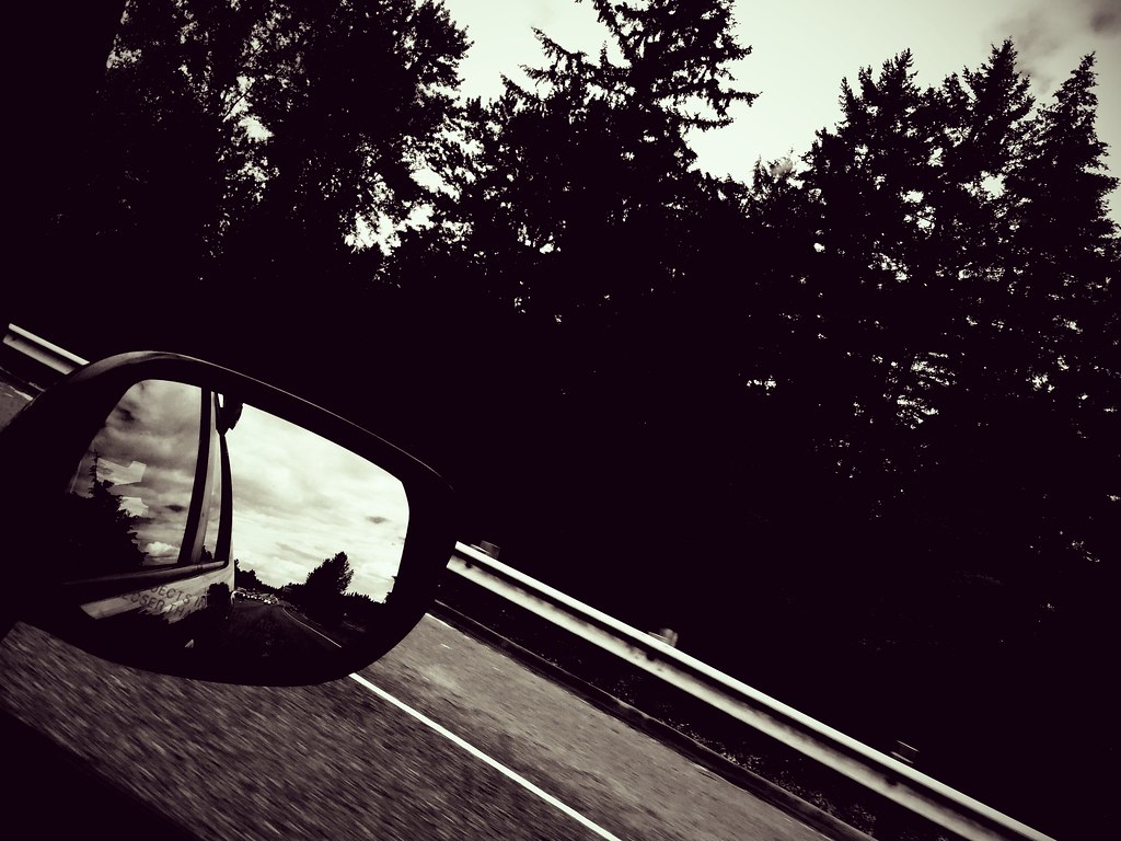 rear-view_mirror.jpg