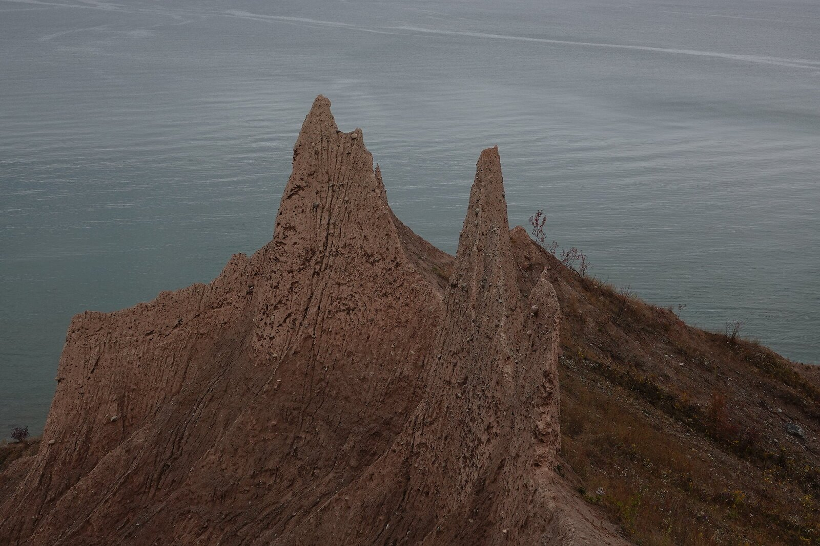 RX10 Lake Ontario Chimney Bluffs 123.JPG