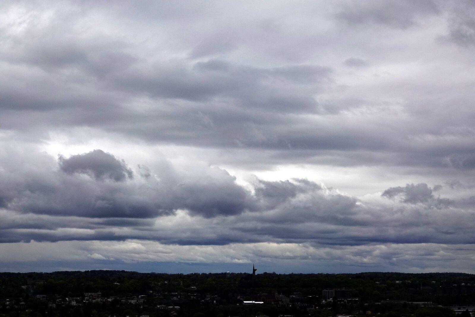 RX10 Oakwood skies 007-001.JPG