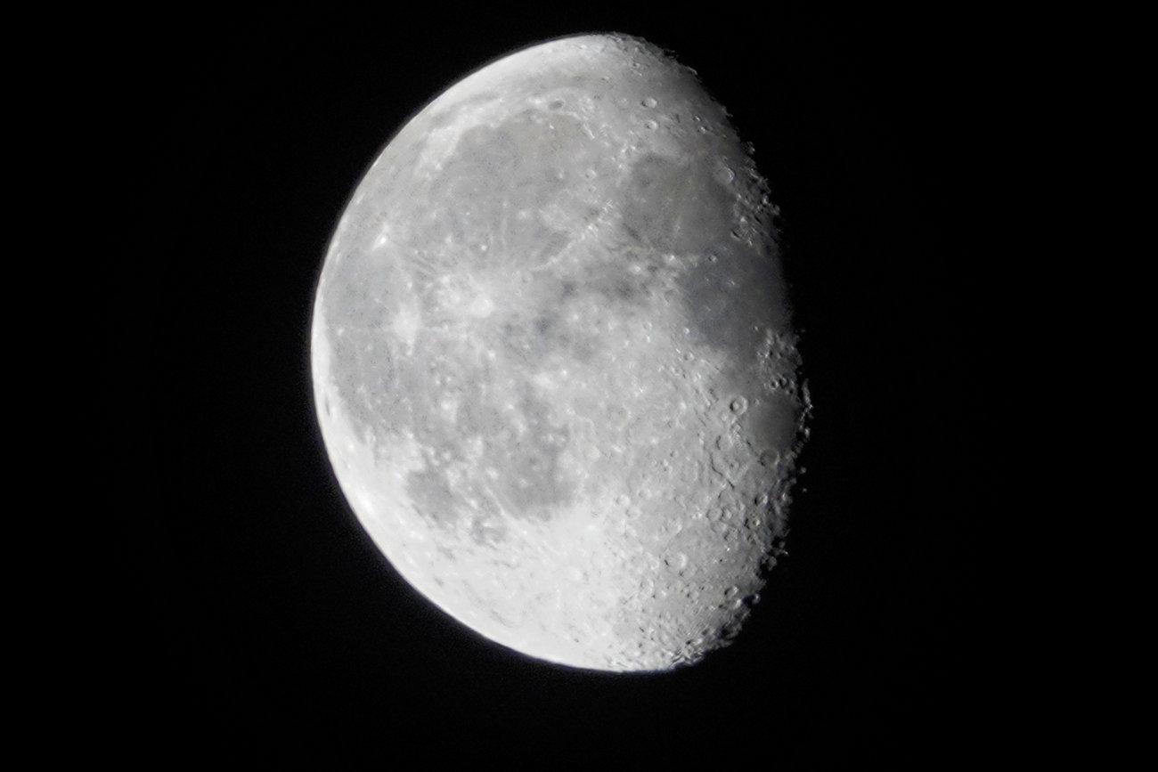 RX10 silvery moon 006_DxO.jpg