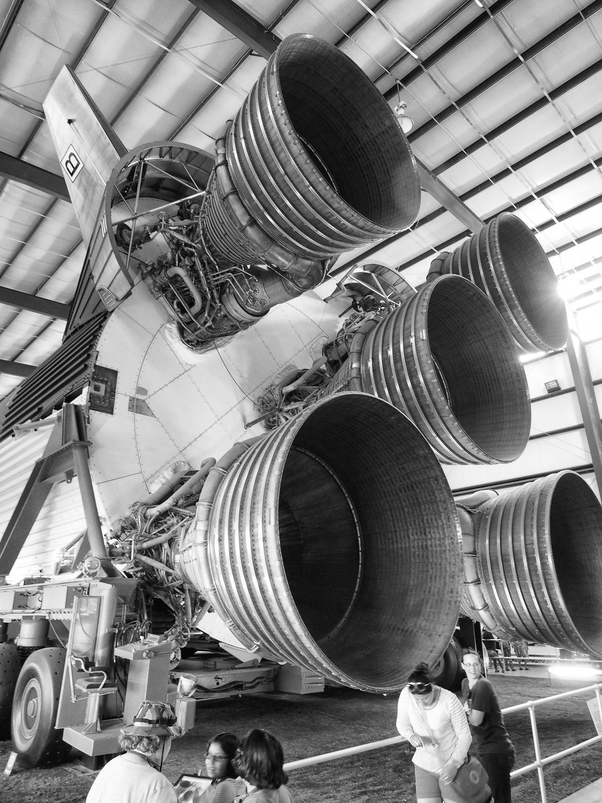 S5_firststage_bw.