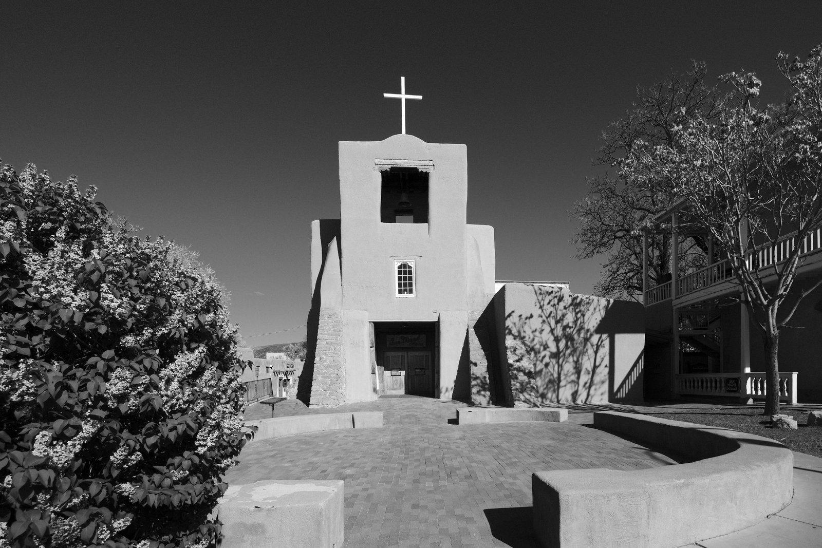 San Miguel Chapel.jpg