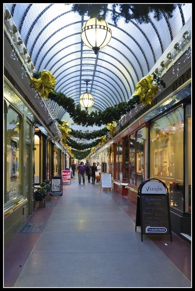 Shop_passage.jpg