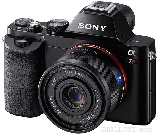 SonyA7r-35f2_8-front-oblique,std.jpg