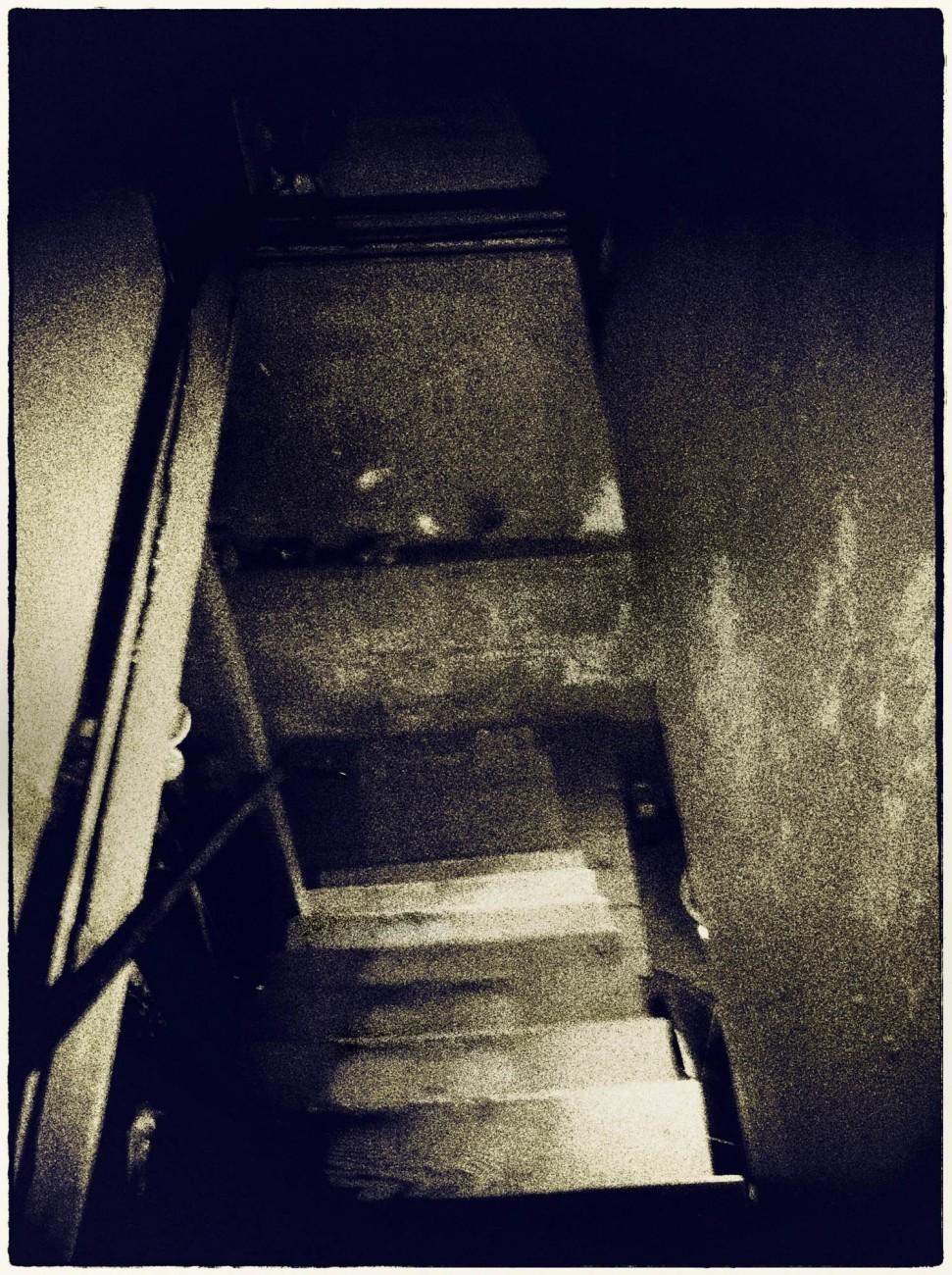 staircase descent.jpg