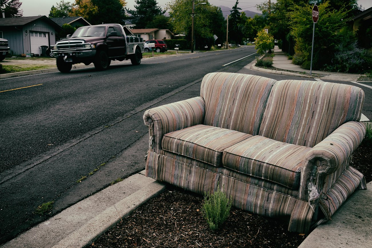 Suburban_couch_AnalEfexPro2.jpg