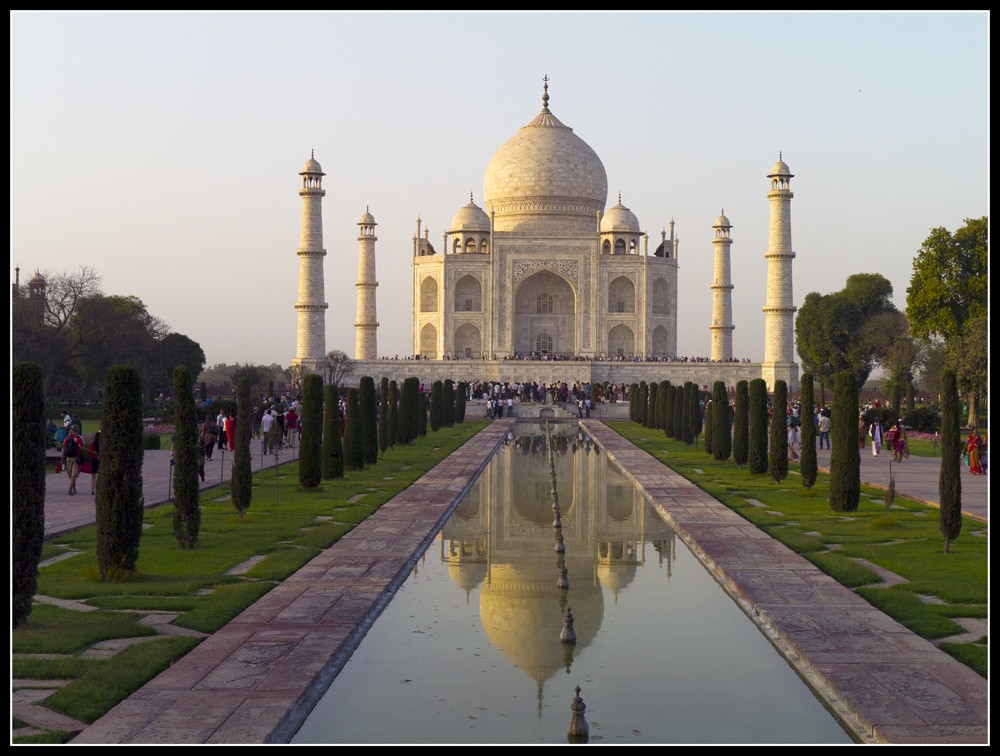 Taj_at_sunset.jpg