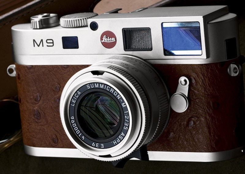The-Leica-M9-Neiman-Marcus-limited-edition-close-up.jpg