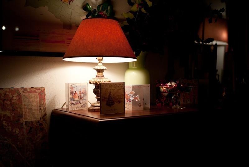 toni_lamp.jpg