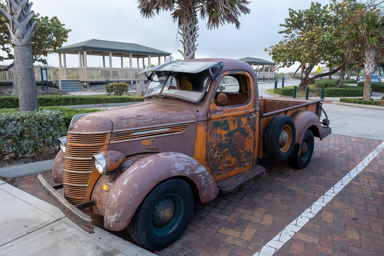 Truck-X2.jpg