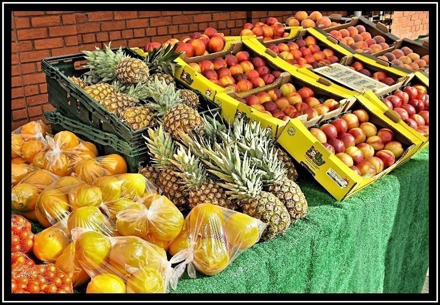 UK_Fruit_Stall.jpg