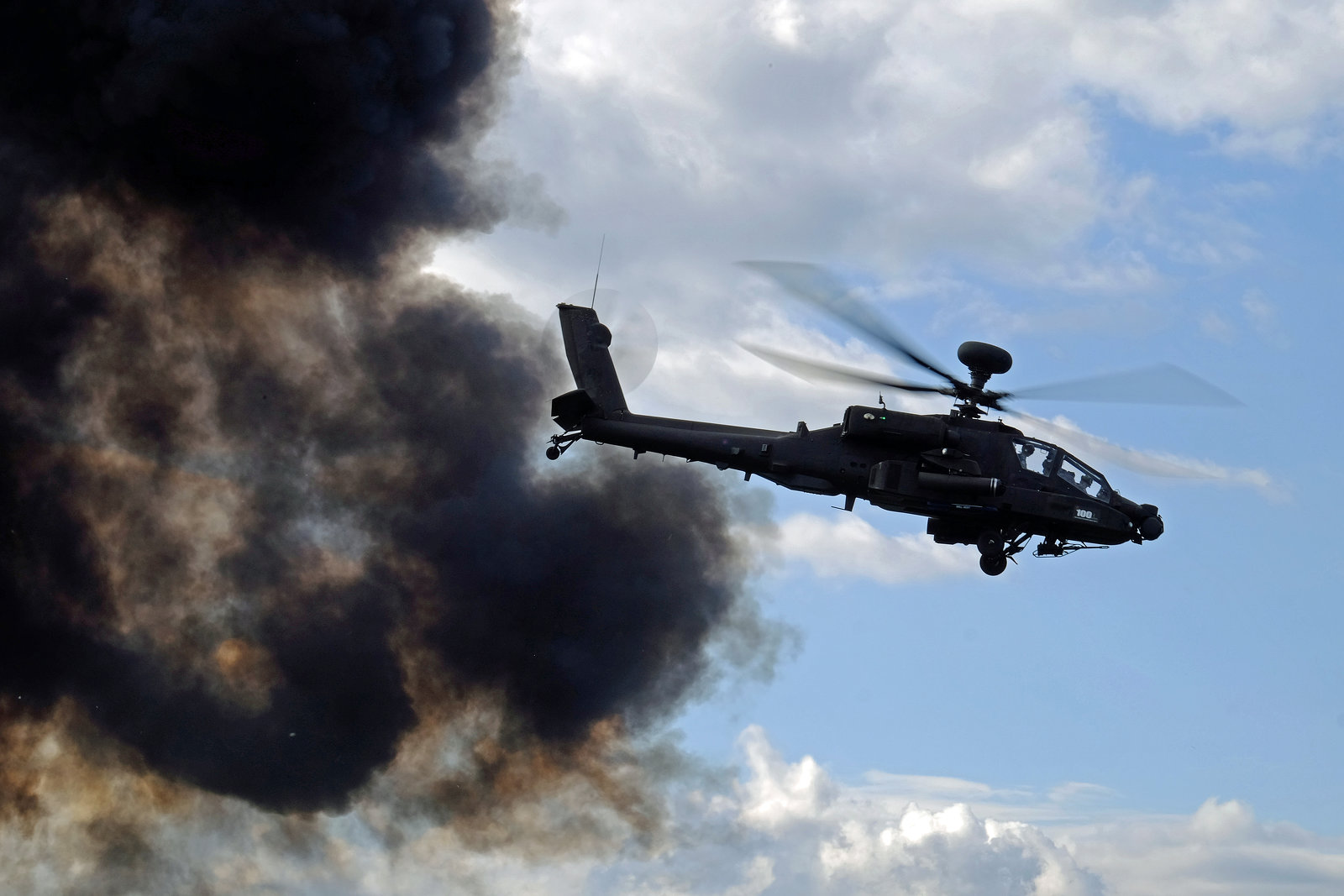 Wings and Wheels Dunsfold August 2014 X-T1 Apache 5.jpg
