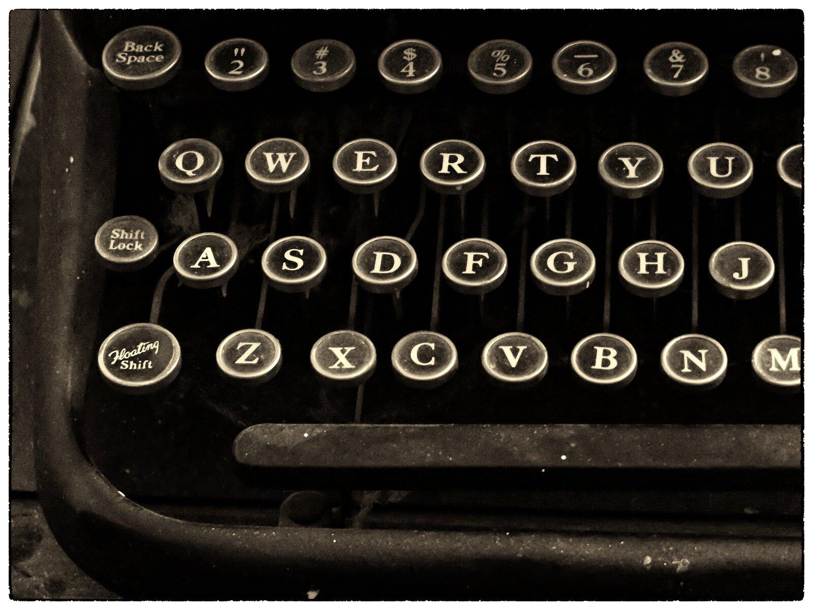 X30_Dec14_Floating_shift_typewriter_keys.jpg