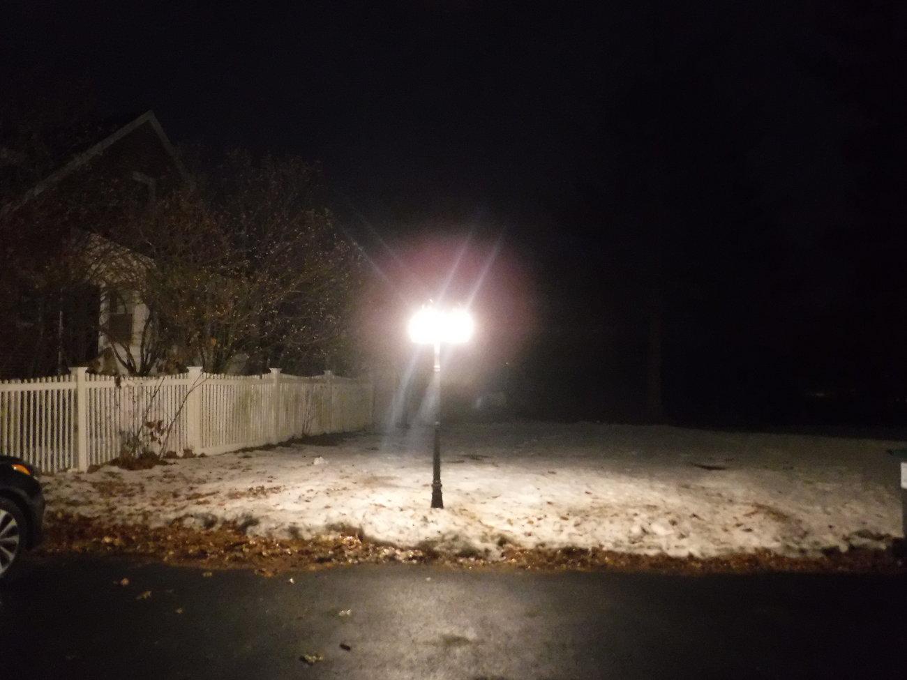 XP9 Christmas lights 006.JPG