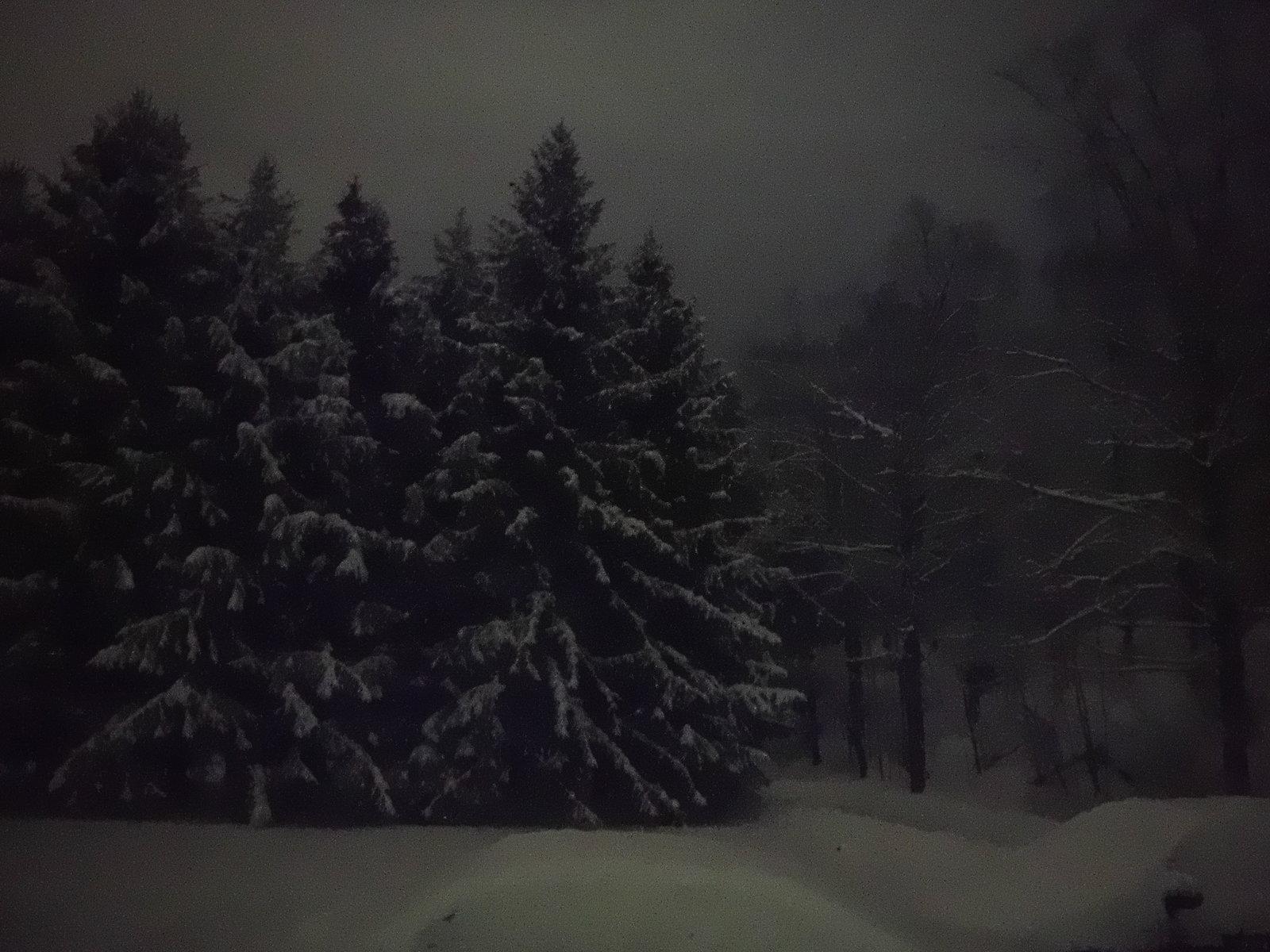 XP90 snowfall 003.JPG