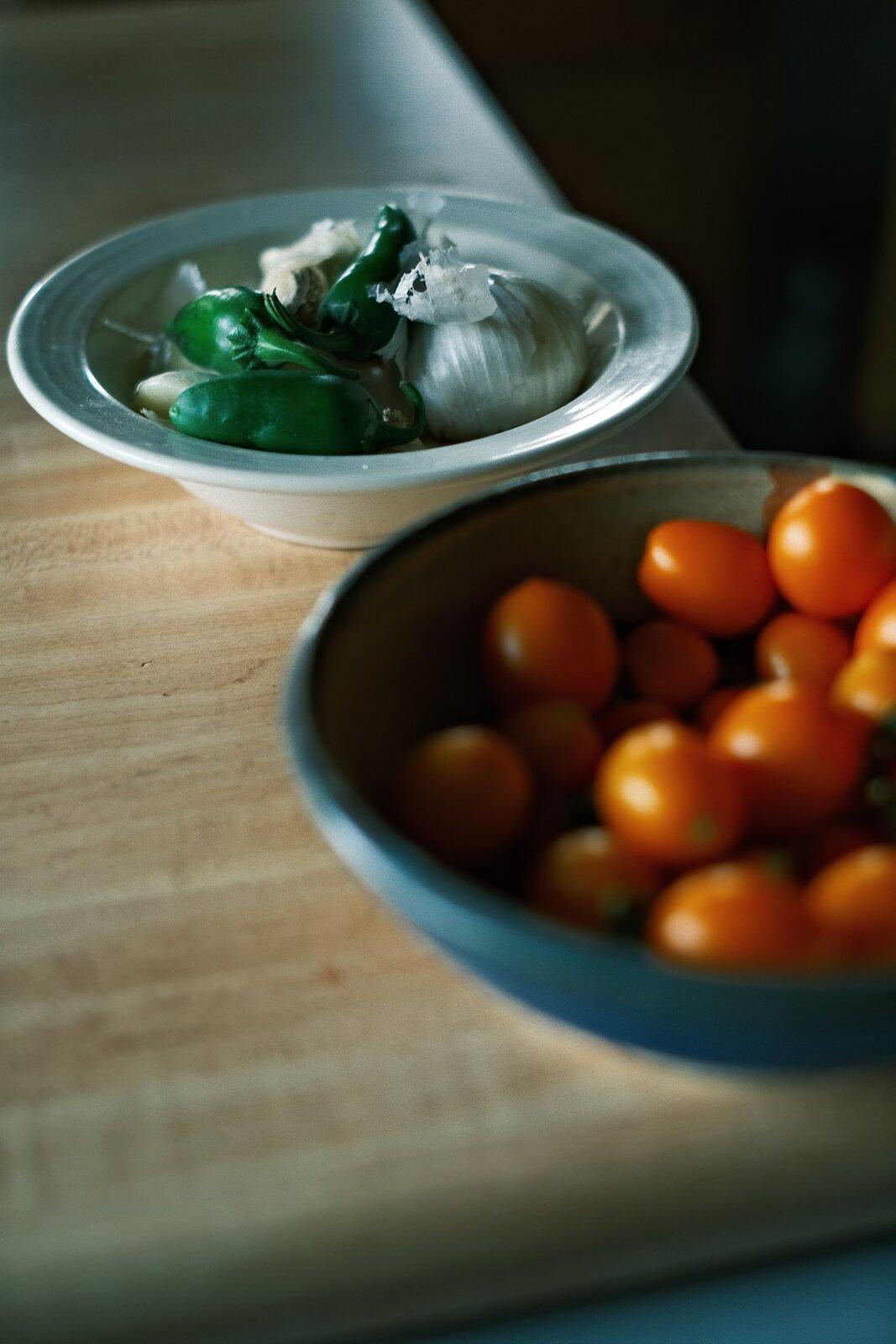 XPro3_Aug28_21_garden_tomatoes_&_jalapenos.jpg
