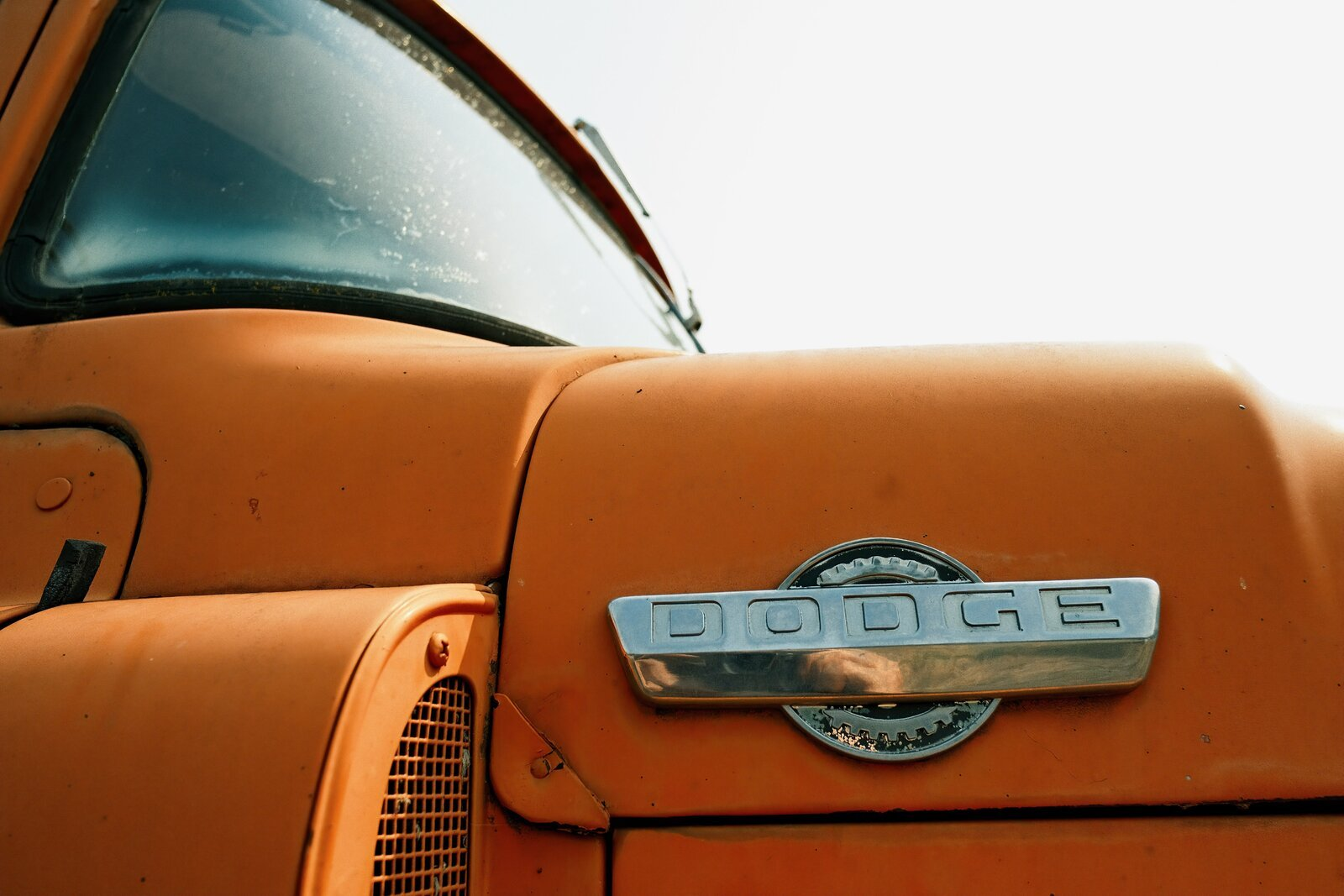 XPro3_Sept10_21_Dodge_truck_hood.jpg