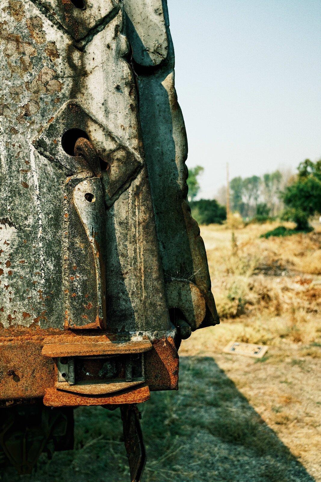 XPro3_Sept10_21_Dodge_truck_rusty_bumper.jpg