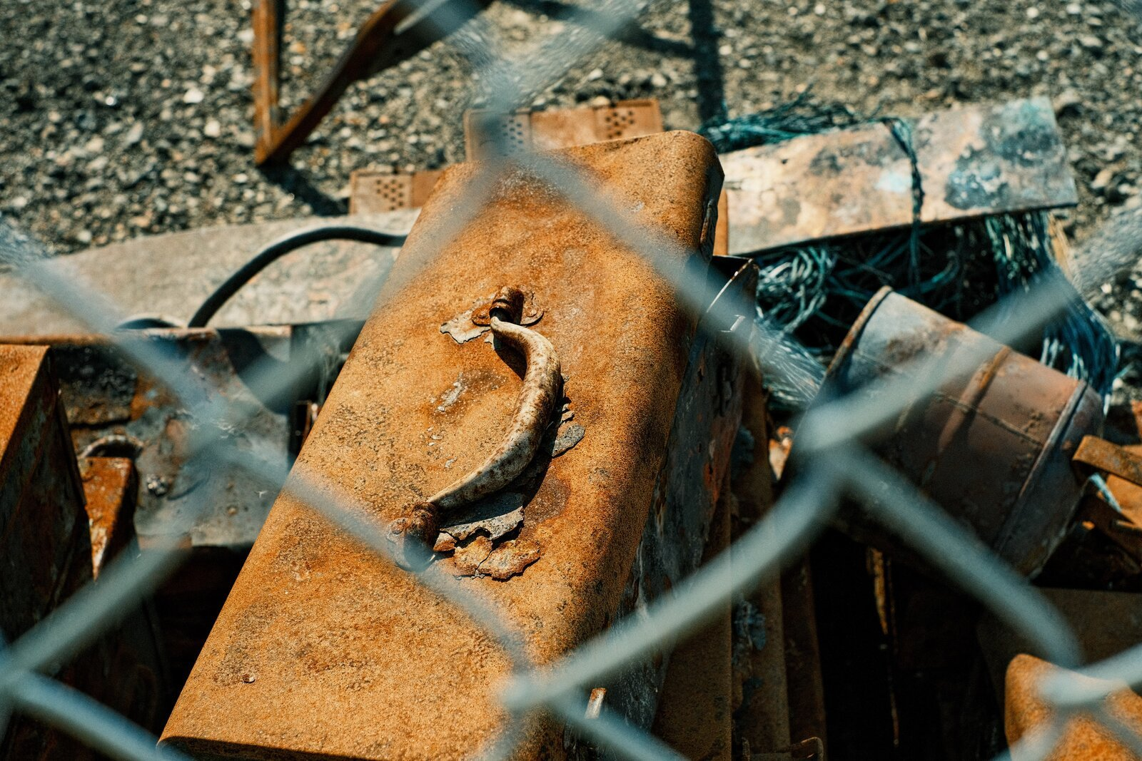 XPro3_Sept13_21_burned_rusted_toolbox.jpg