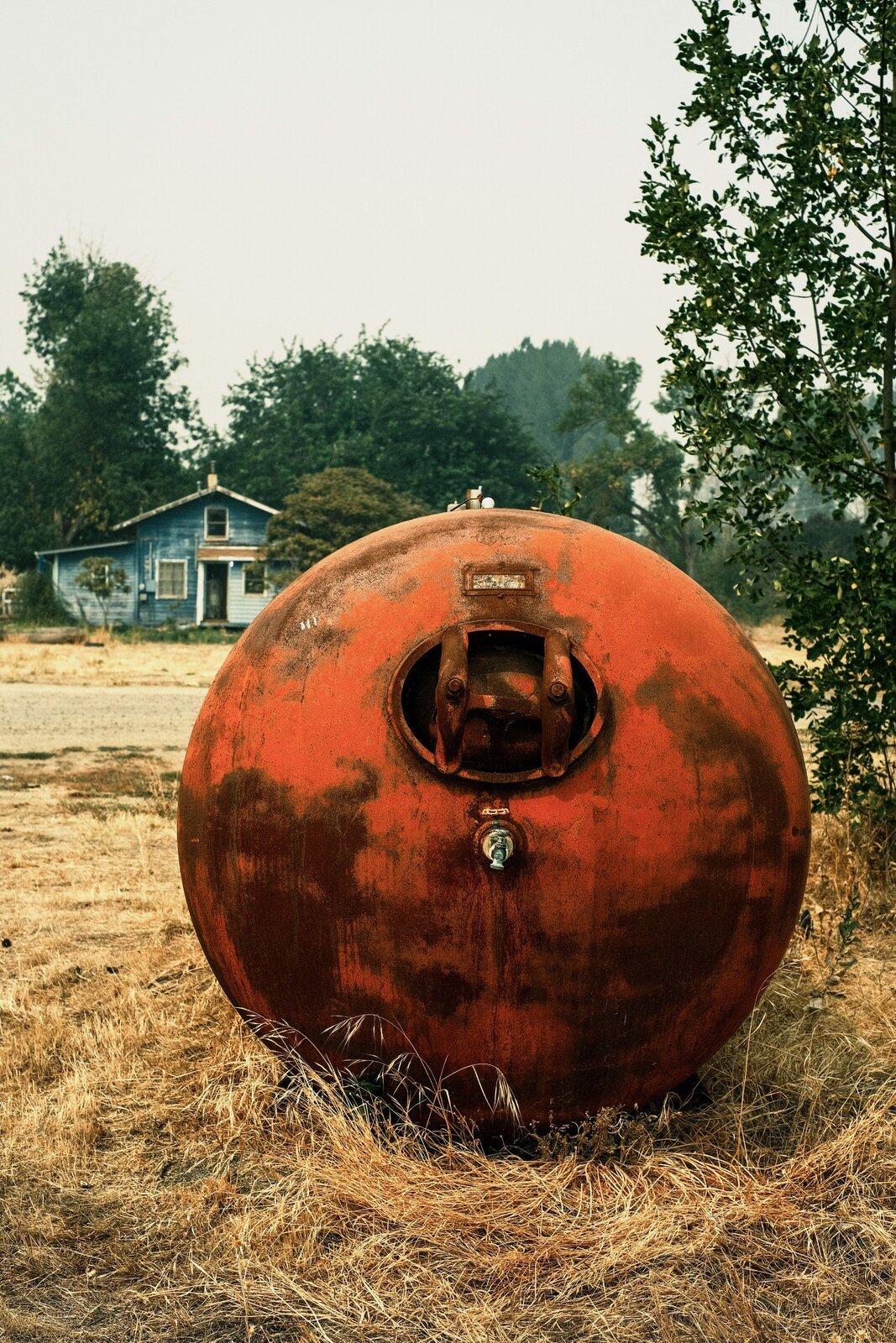 XPro3_Sept5_21_old_propane_tank.jpg