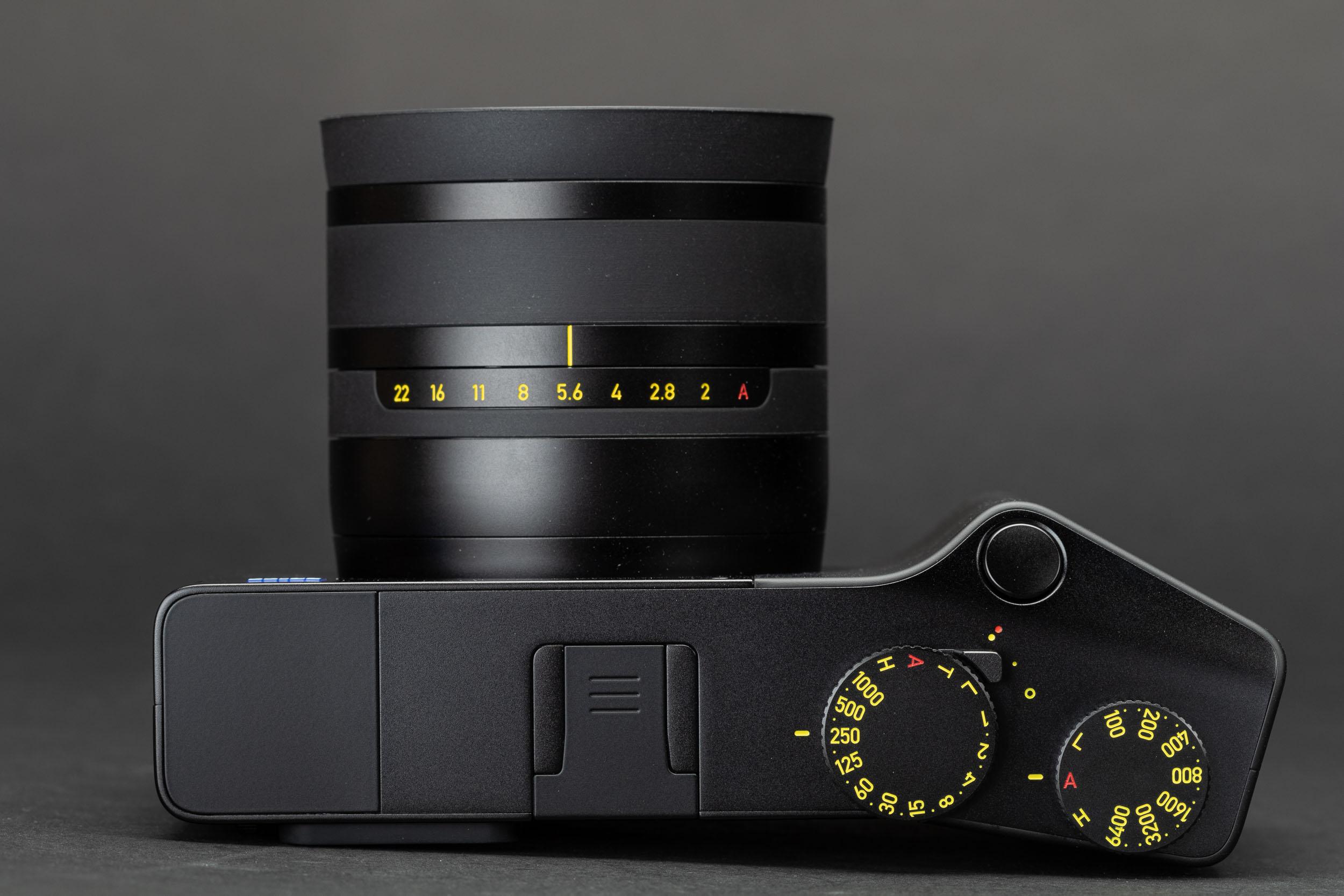 Zeiss-ZX1-top.jpeg