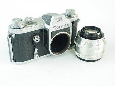 lens off LoRes.jpg