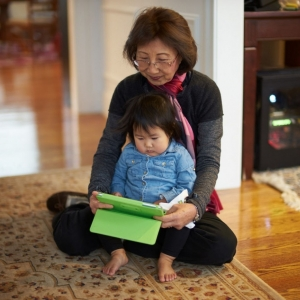 Isabella_with_Grandma