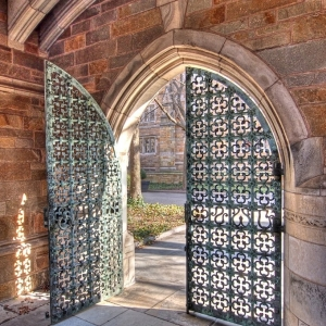 SIJ - Day 8: Gate - Trumbull College Master's House, Yale University