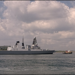 HMS Defender enters harbour