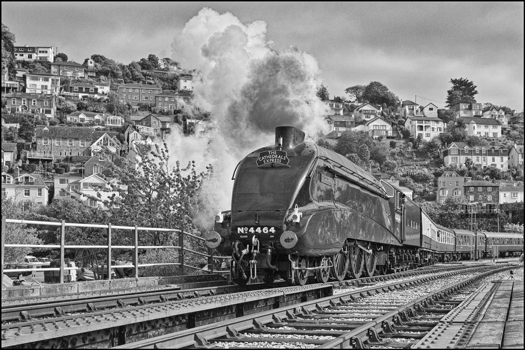 A4 class Bittern leaves Kingswear for Banbury (150 miles?)