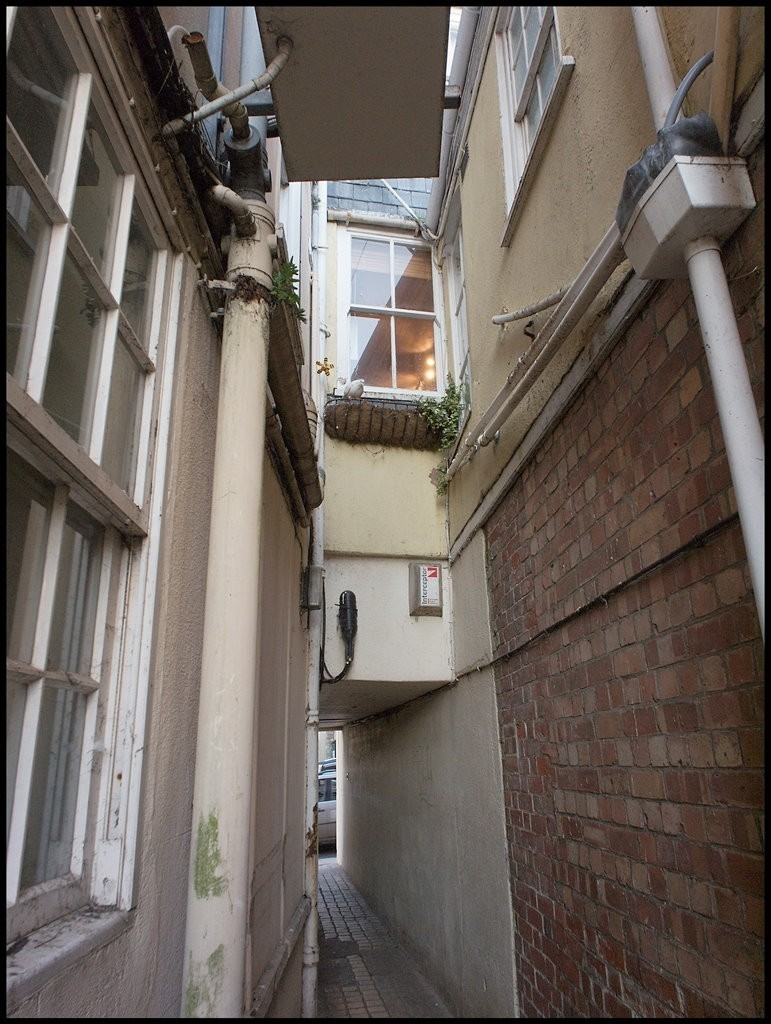 Top end of Kings Arms Passage