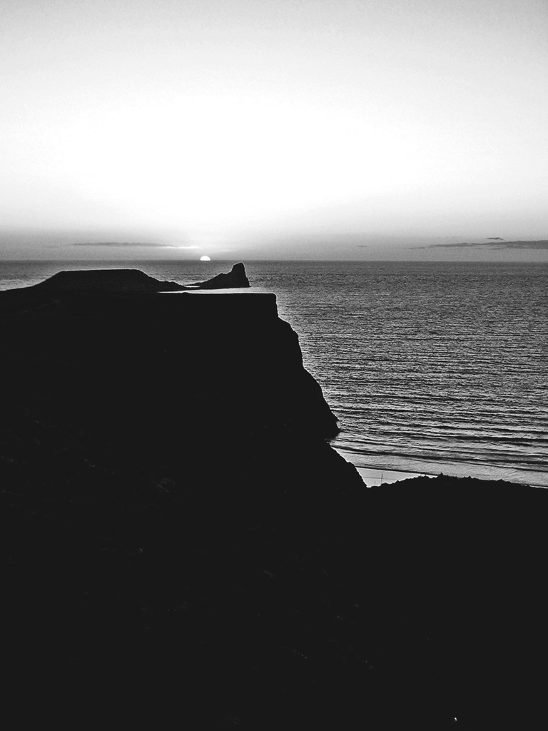 Worms Head BW 1024